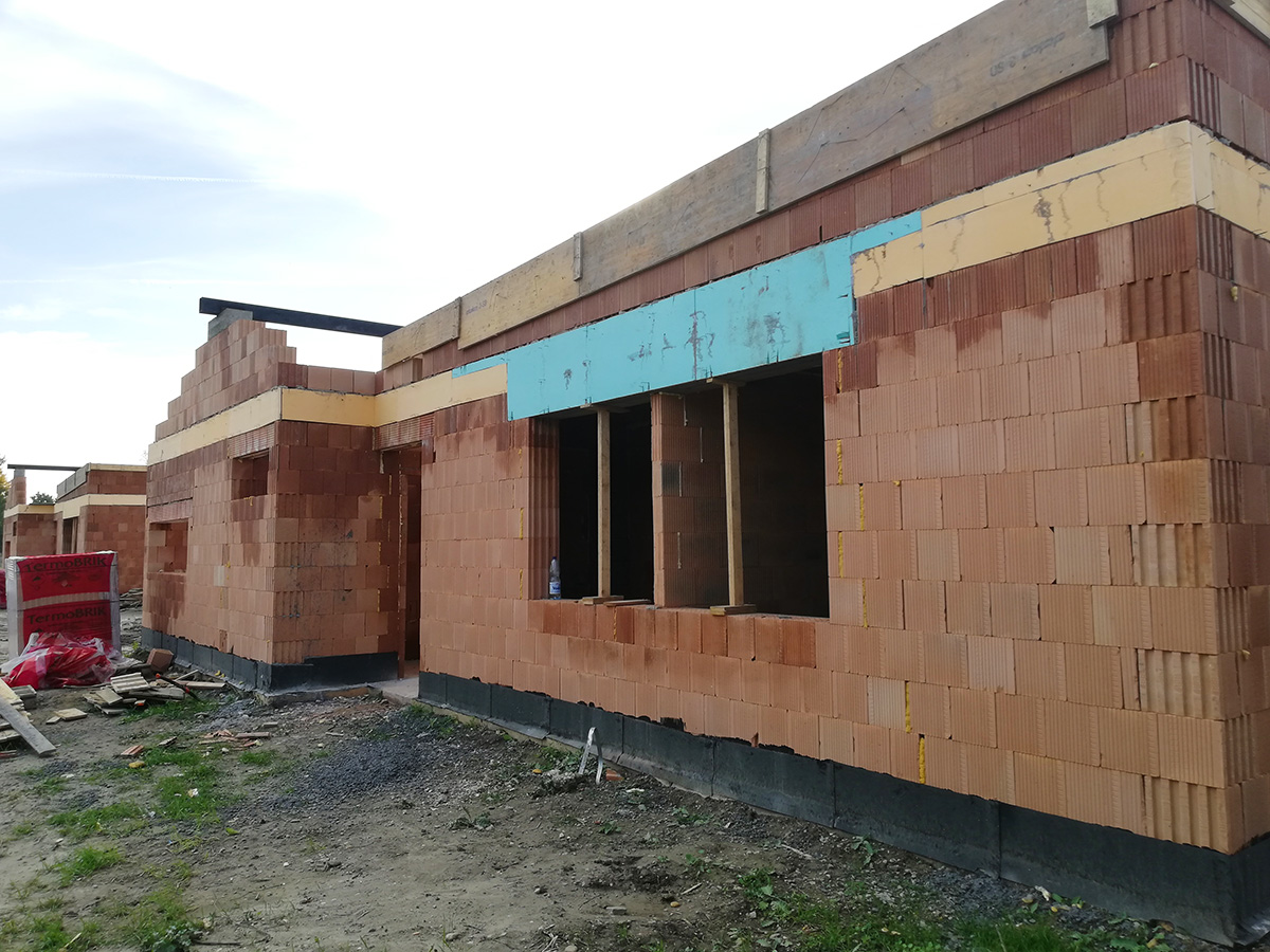 5-izbový rodinný dom v Zálesí - stavba detail